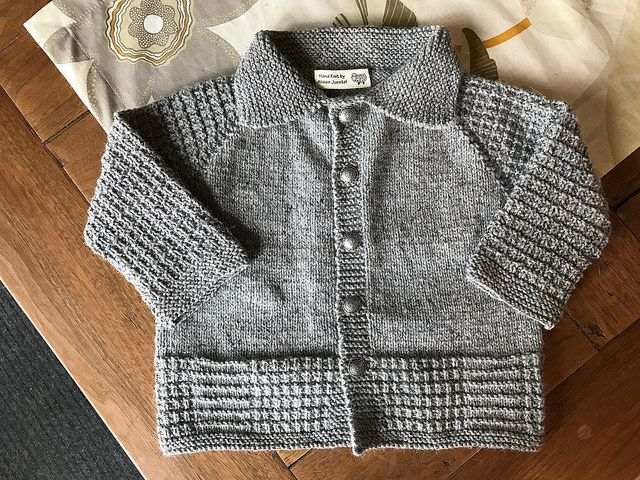 3d429a8d9 Ravelry  Project Gallery for Seamless top down cardigan pattern by OGE  Knitwear Designs