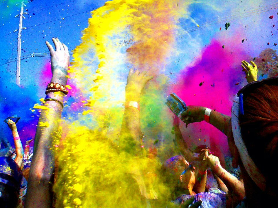 Create your own work of art #TheColorRun #PaintRace
