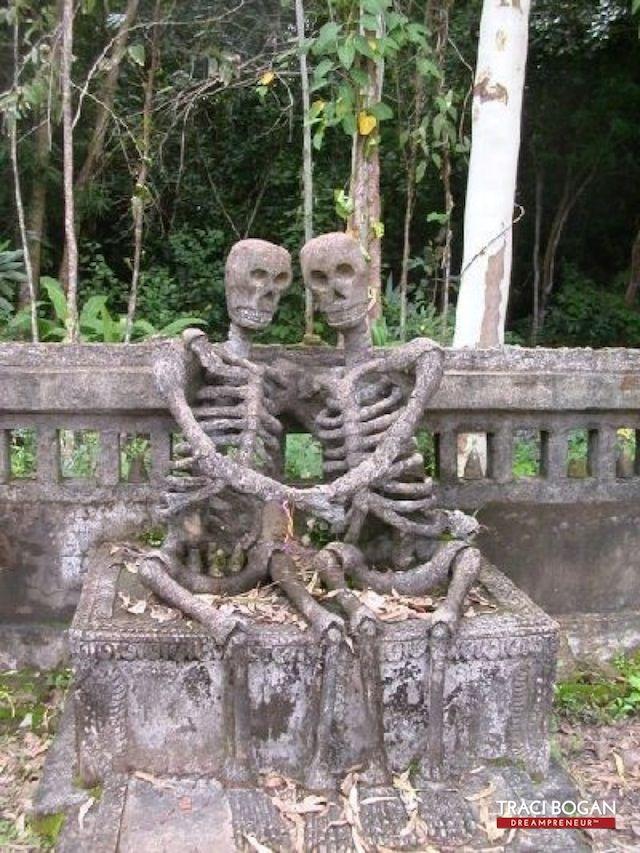 As Esculturas Mais Estranhas Espalhadas Pelo Mundo Estatuas Do