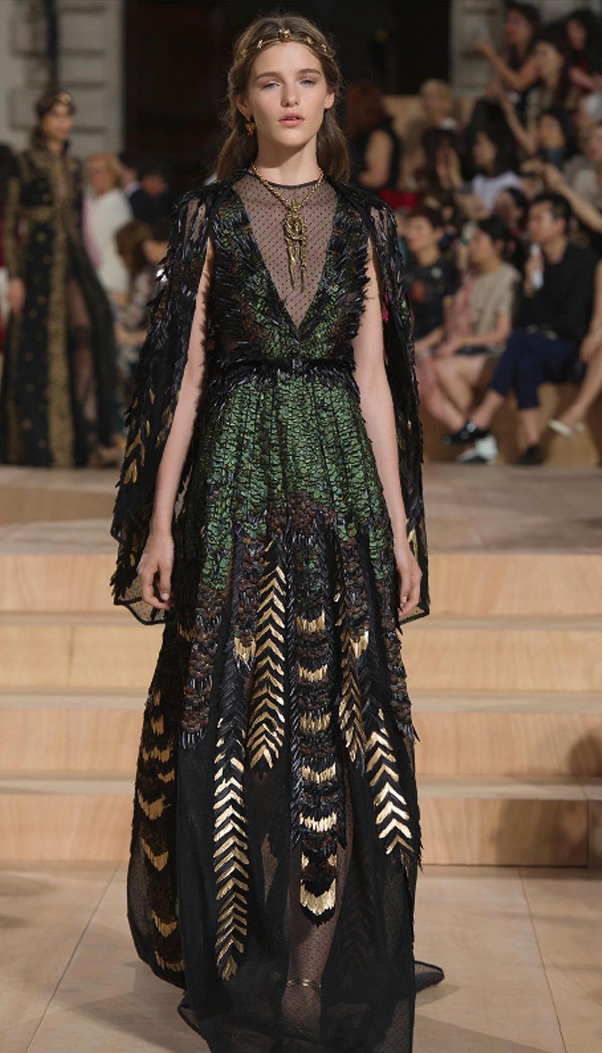 4bc47f03d662aaa Detalles pasarela Valentino couture otoño/invierno 2015-2016 ...