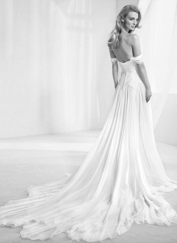 Wedding Dress Inspiration - Pronovias | Hochzeitskleid, Hochzeiten ...