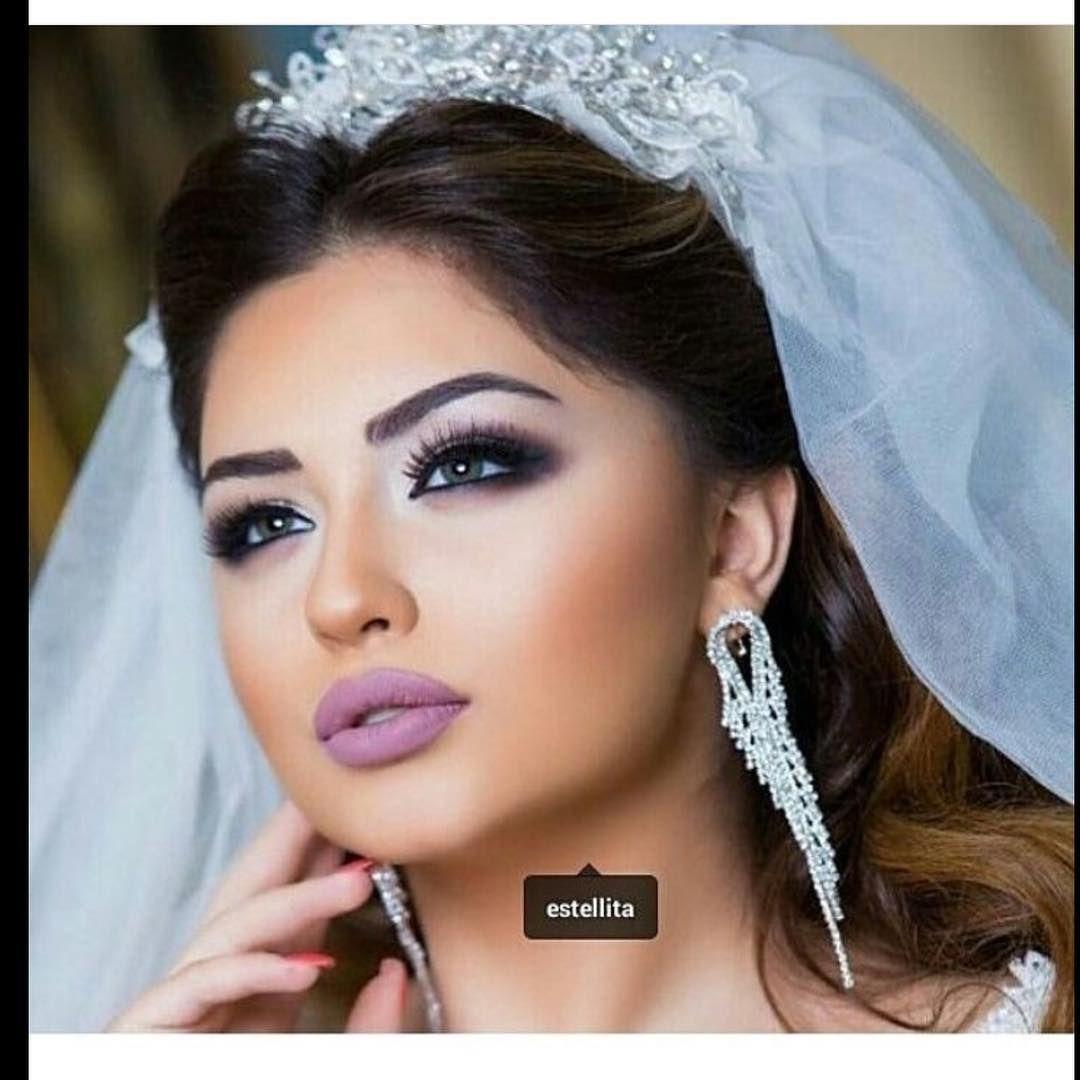 1 295 Begenme 4 Yorum Instagram 39 Da Estellita Fashion Centre Estellita Quot Makeup By Taxmina And Hairstyle By Rumi Fashion Center Hairstyle Fashion