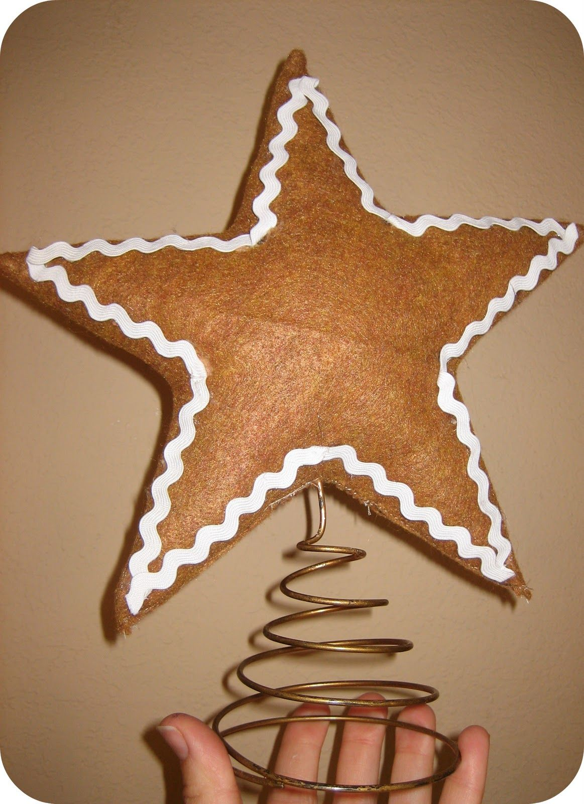 Love This Idea I Might Be Able To Make A Gingerbread Star Topper