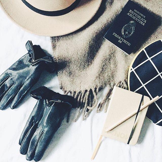 ☄️Afuera, 40 graditos de térmica pero yo rastreo mis prendas preferidas de invierno. Se viene #ViajeHype al frío. ❄️Se viene la experiencia  #dovenewyork