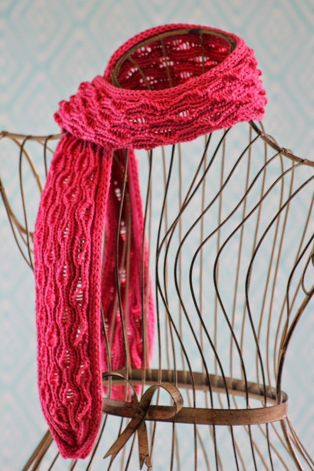 Vertical Drop-Stitch Scarf | Stitch, Scarf, Knit stitch