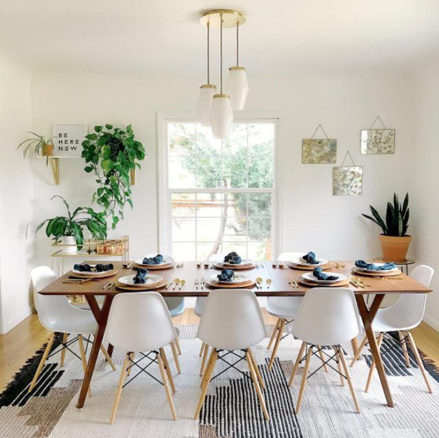 Here's Why You Should Create An All-White Dining Room