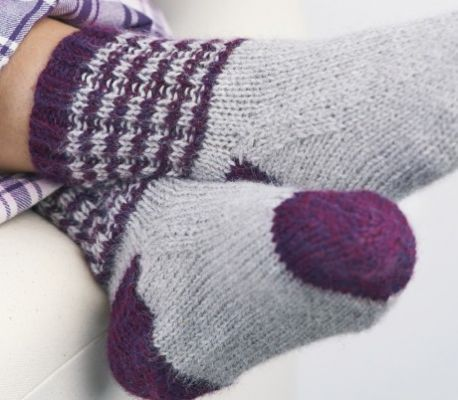 Bed Socks Free Knitting Patterns Knitting Lets Knit Magazine