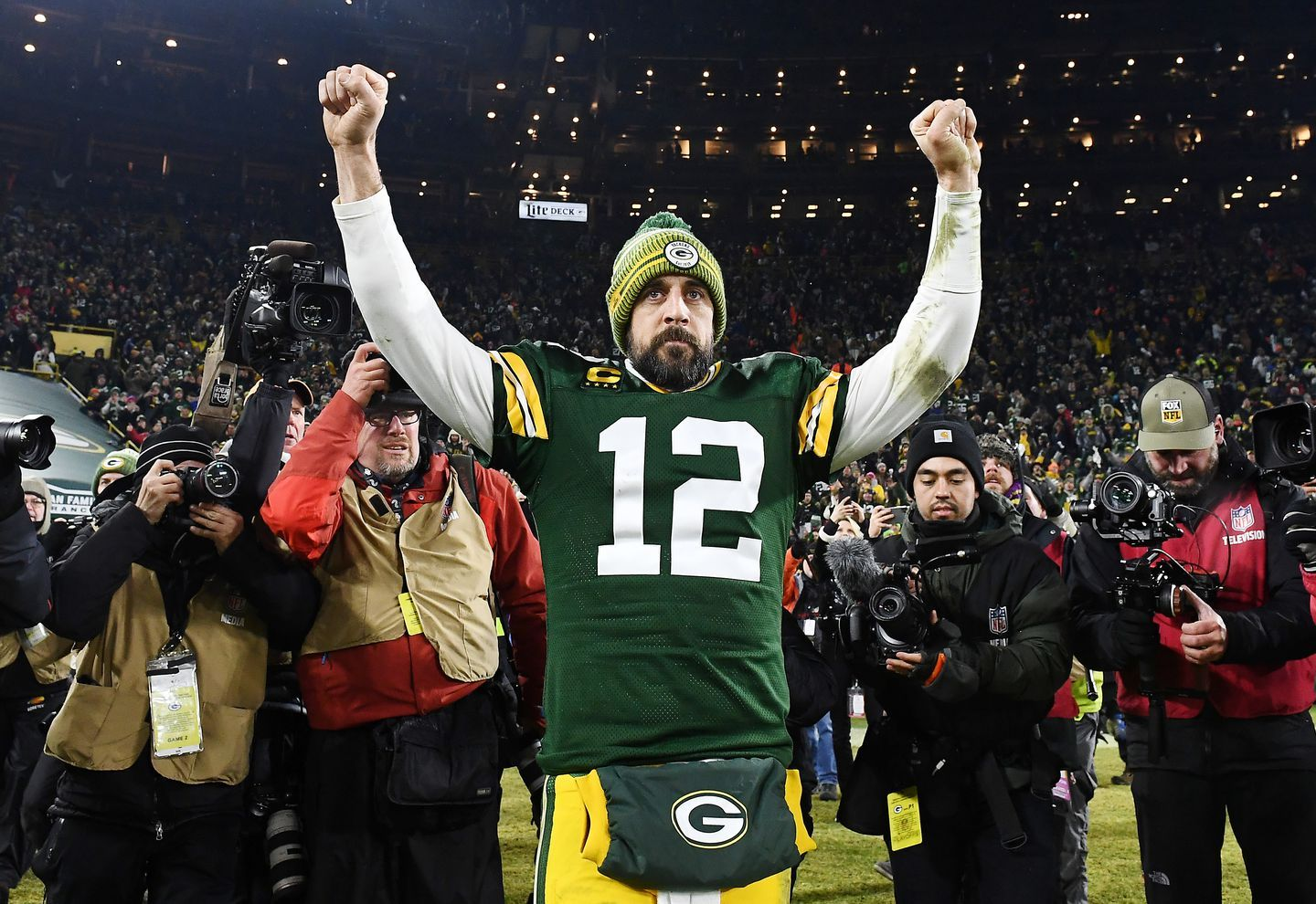 A Year Ago The Packers Appeared To Be Outdated Now They Look Like A Modern Nfl Prototype Life Strate In 2020 Aaron Rodgers Nfl Oakland Raiders Packers Vs Seahawks