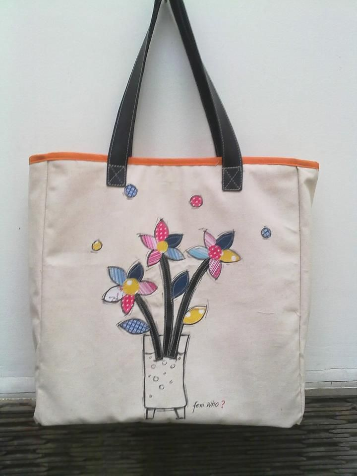 Totebag, drawinghand mix with patchwork for flowers