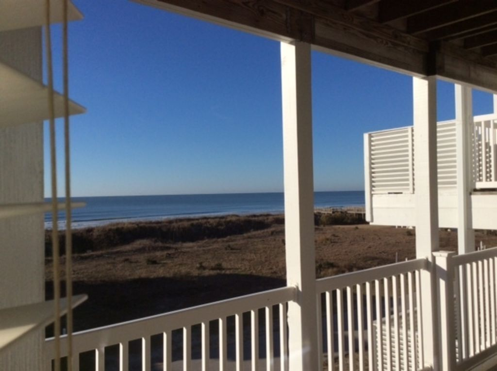 Beach haven unobstructed ocean views 200 ft to beach dog