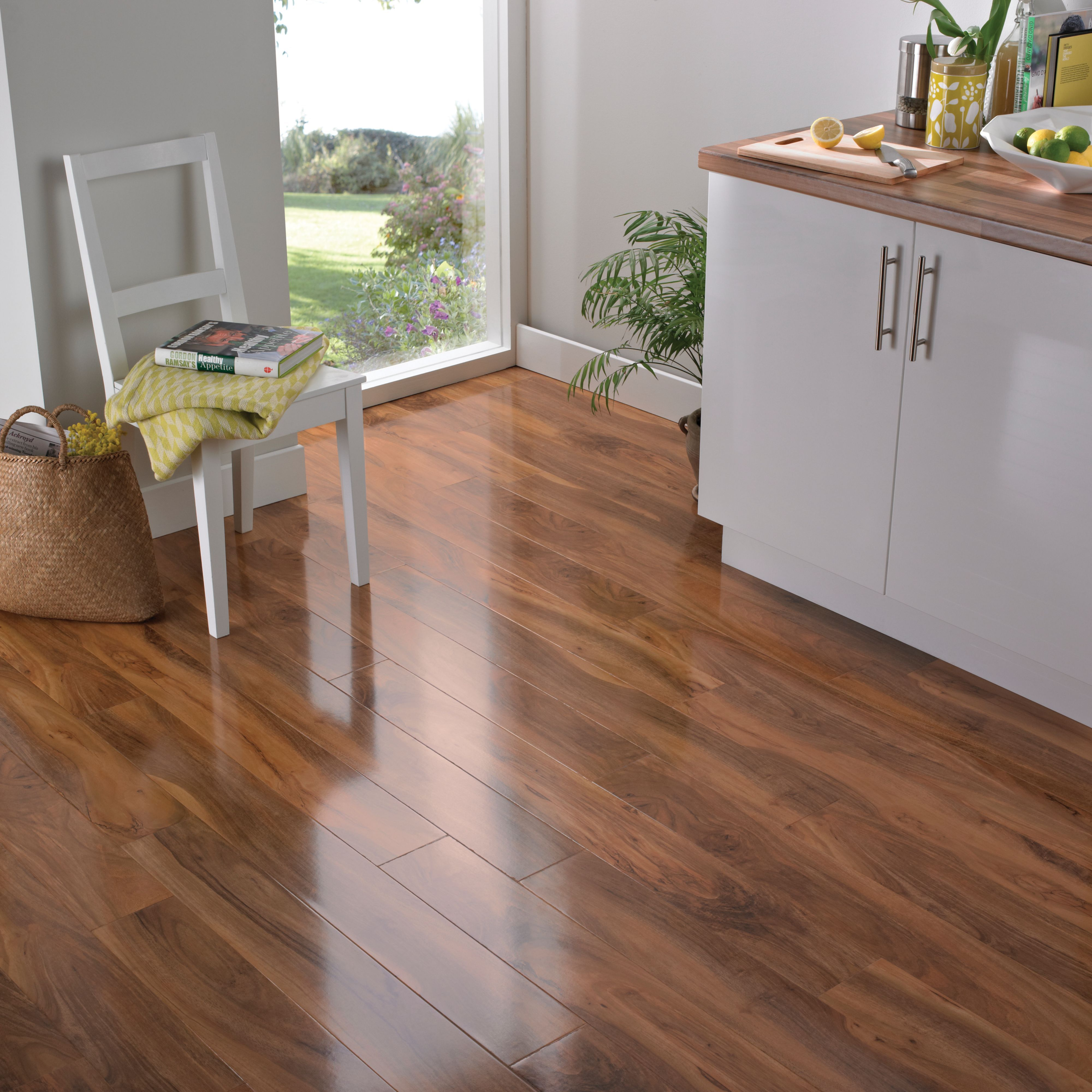 Colours Dolce Walnut Effect Laminate Flooring 1 18m Rooms Diy At B Q Flooring Laminate Flooring Laminate Flooring Colors