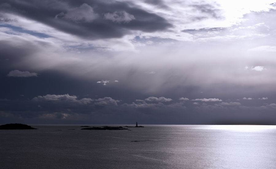 Lighthouse of Jussarö by anssivartiainen, via 500px