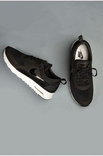 black air max thea