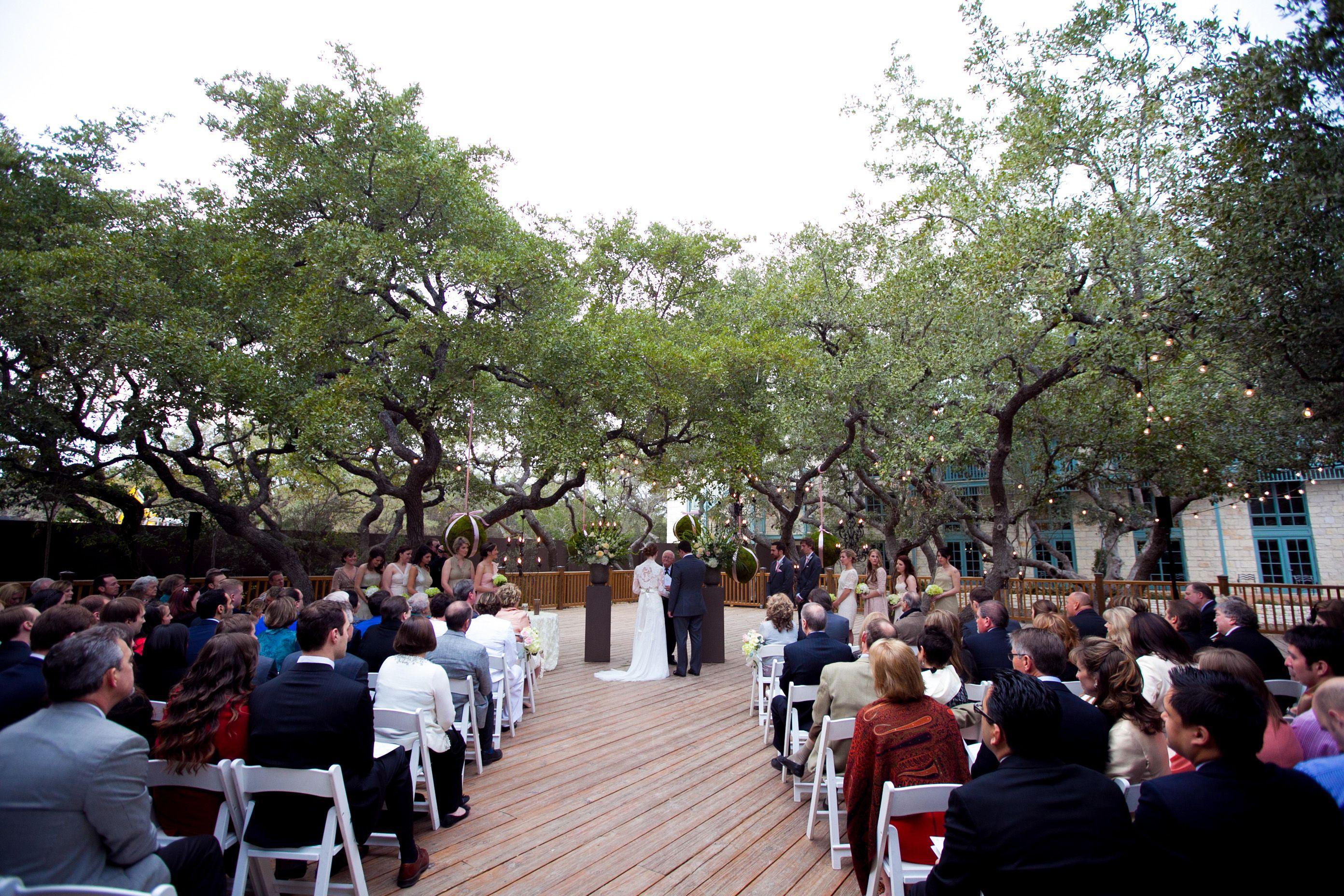 Courtyard Deck San Antonio Wedding Venues Hill Country Weddings Texas