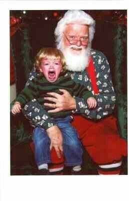 Um Santa No Wonder The Little Boy Is Crying Scary Christmas Crying Kids Funny Santa Pictures