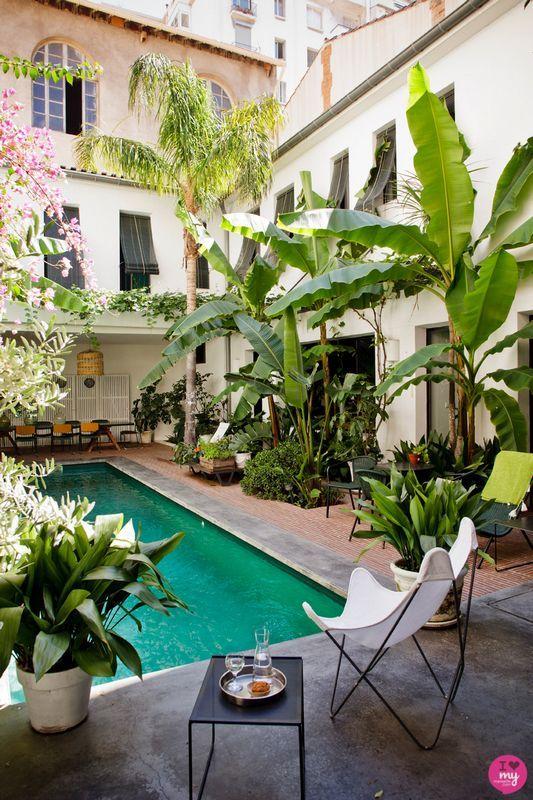 La maison du0027hôte la plus hype de Marseille?? Casa Honoré bien sûr - chambre d hotes aix en provence piscine