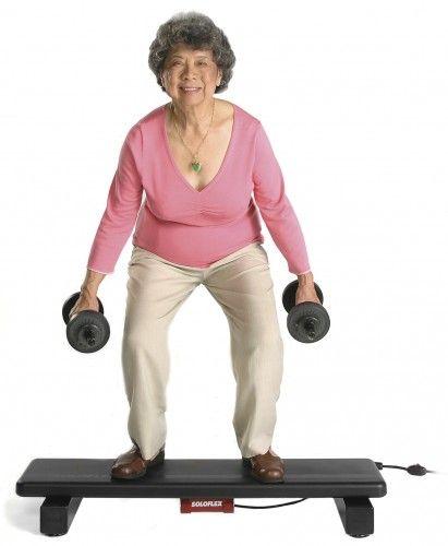 SoyaBean houdt je jong! Deze oude dame is gezond op haar oude leeftijd (dankzij soyabean en haar gezonde eetgewoontes) een hierdoor is ze nog altijd fit.