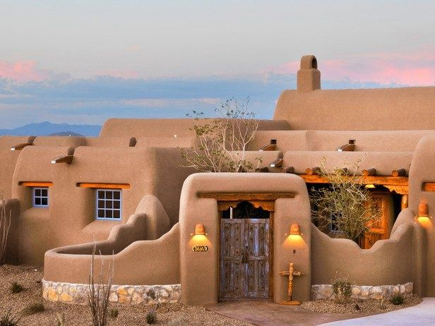 Pueblo Housing Style Massive Round Edged Walls Made With Adobe Flat House Designs Exterior Spanish Style Homes Exterior House Colors