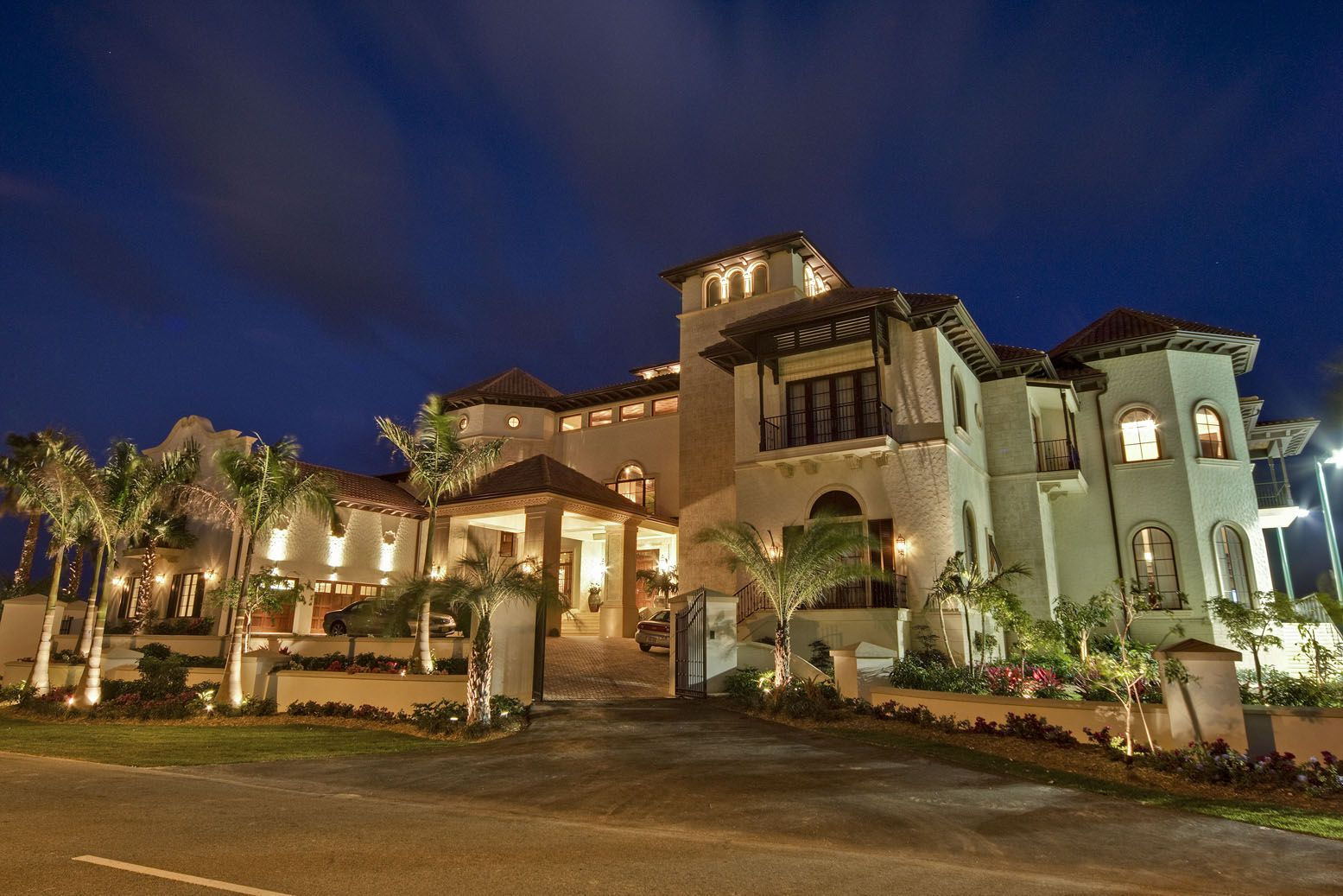 Mansions cayman islands mega mansion homes of the rich for Dream house website