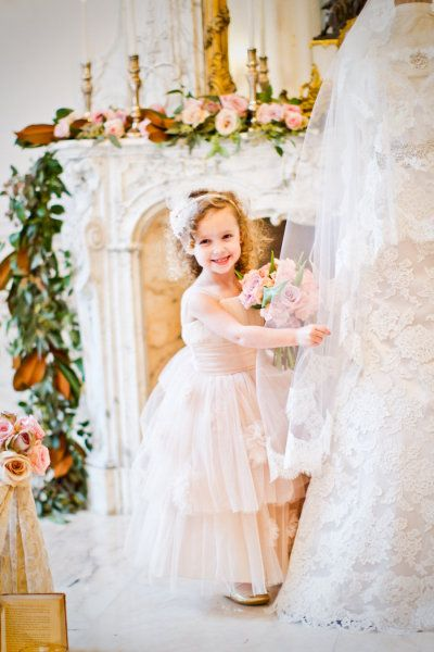 so cute flower girl #flowers #weddings