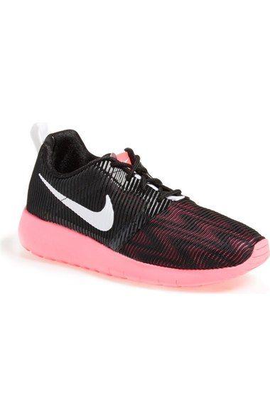 Nike 'Roshe (Big Run Flight Weight GS' Sneaker (Big 'Roshe Kid) available at e0e716