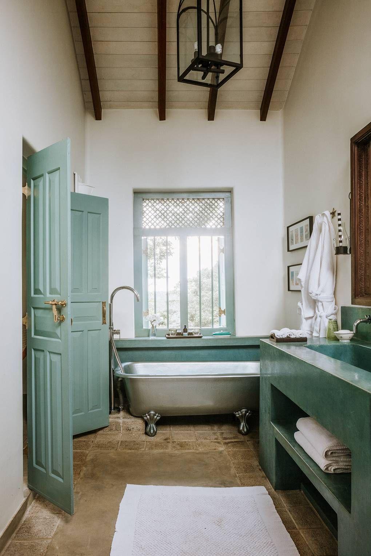 Bathroom Ideas In 2020 Bathroom Decor Colors Renting A H