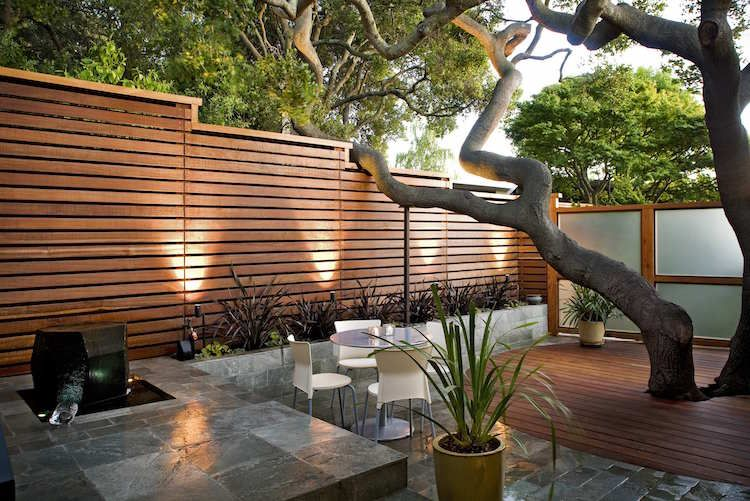 Palissade jardin pour délimiter l\'espace et préserver l\'intimité ...
