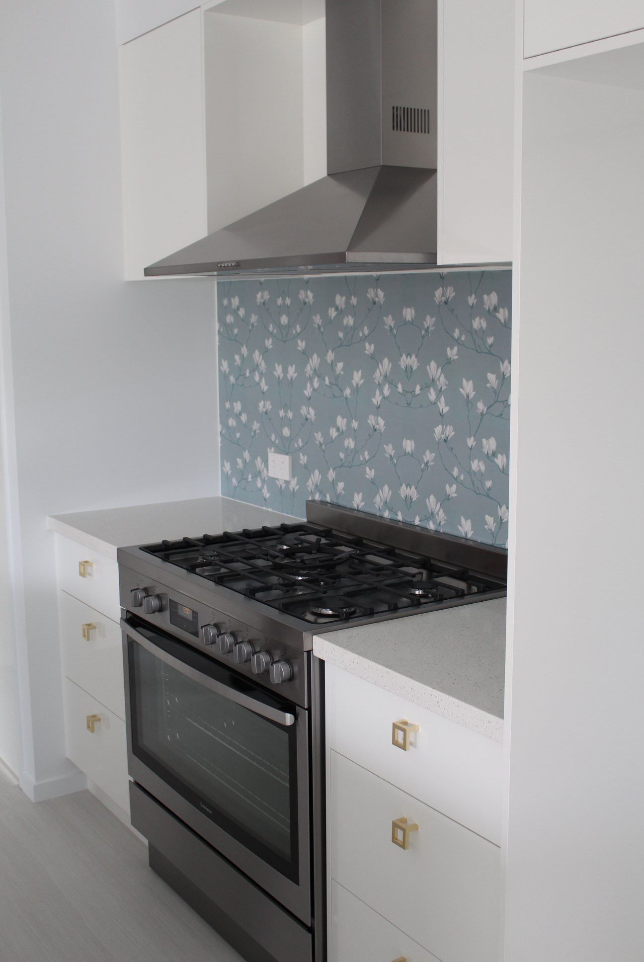 - DecoSplash Is Made Of 100% Solid Aluminium That Is Completely Non