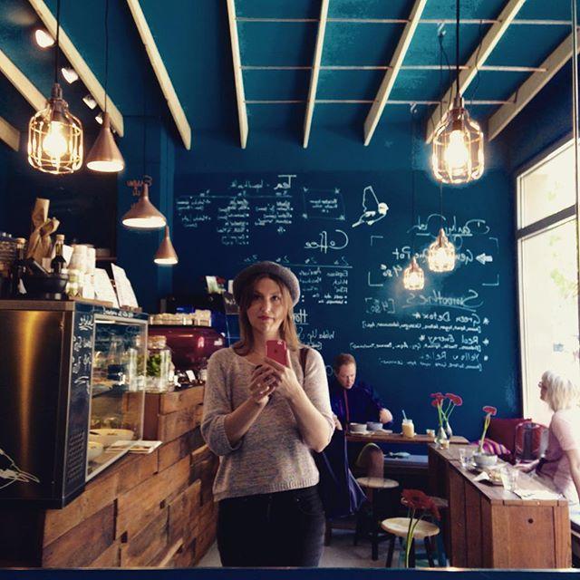 CAFÈ SPATZ I Belgisches Viertel I Antwerpener Str. 38, Eingang ...