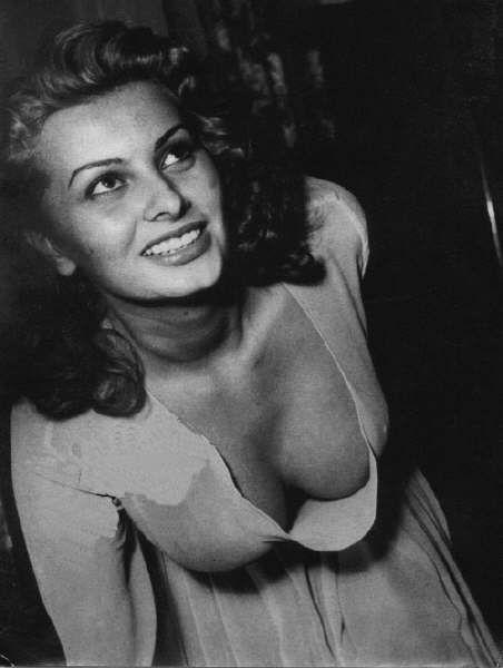 Nude sophia loren Sophia Loren