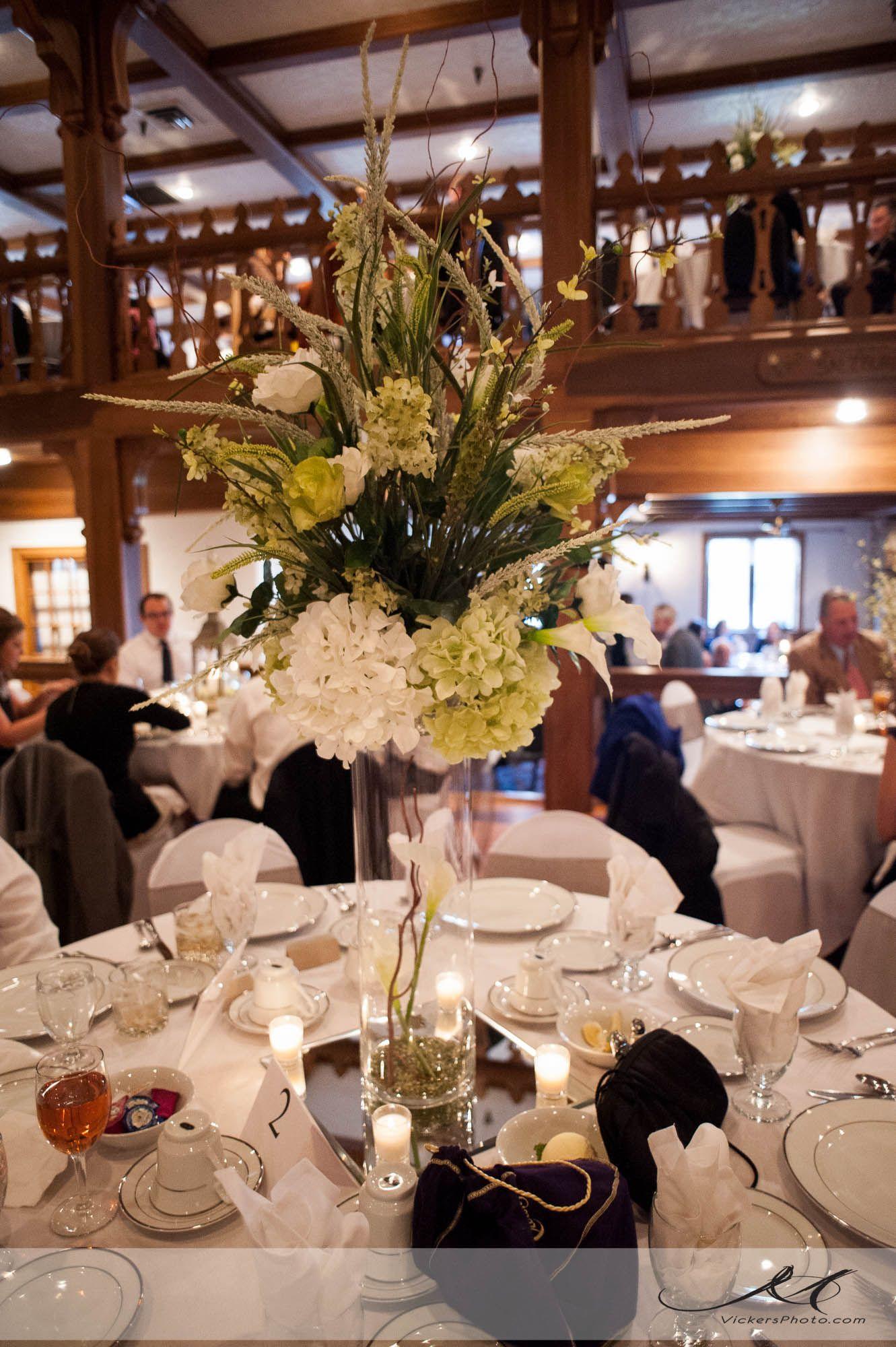 Bauerhaus Evansville Indiana Reception venues, Table