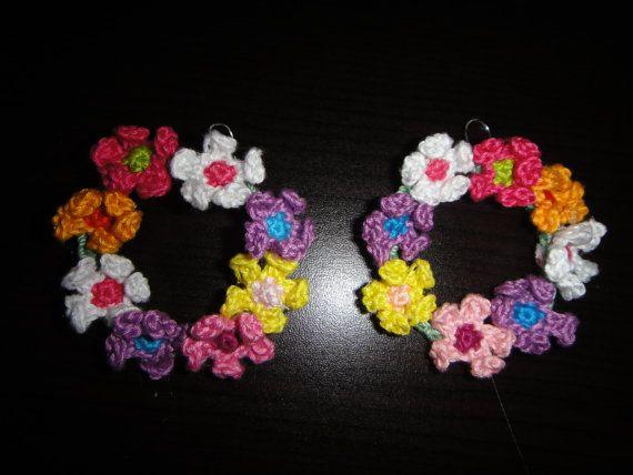 Crochet flowers earrings. Circle earrings. by Cre8tiveLifestyle