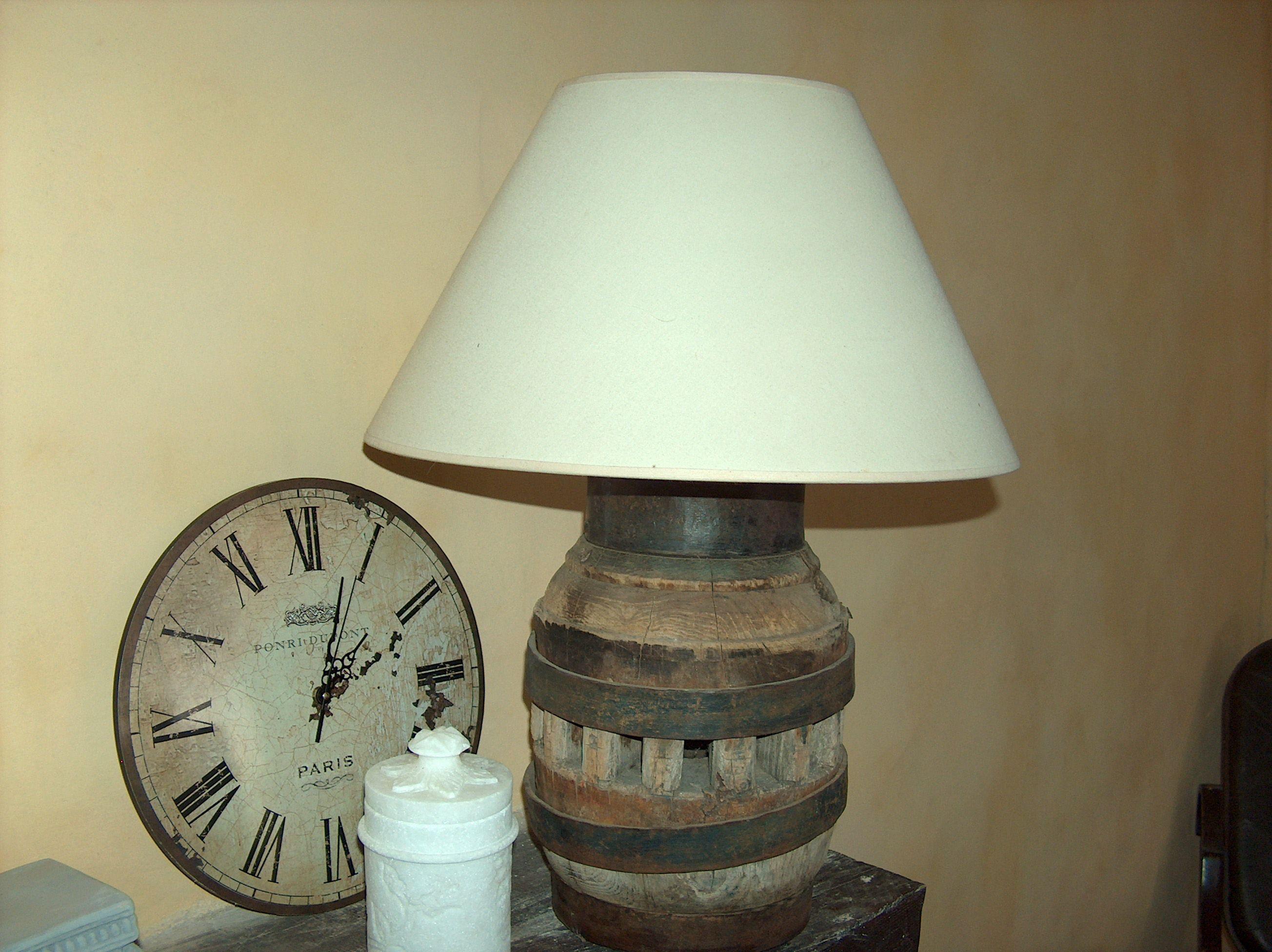 Ma lampe avec un moyeu de roue de charette recyclage pinterest roue lampes et bricolage d co - Roue de charette decoration ...