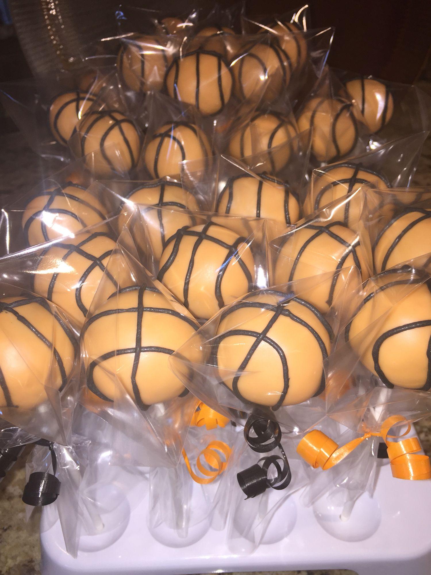 Basketball Cake Pops www.facebook.com/FriscoCakePopShop  www.instagram.com/FriscoCakePopShop  www.FriscoCakePopShop.com