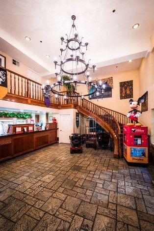 Castle Inn Suites Review Disney Parks Disneyland Disney