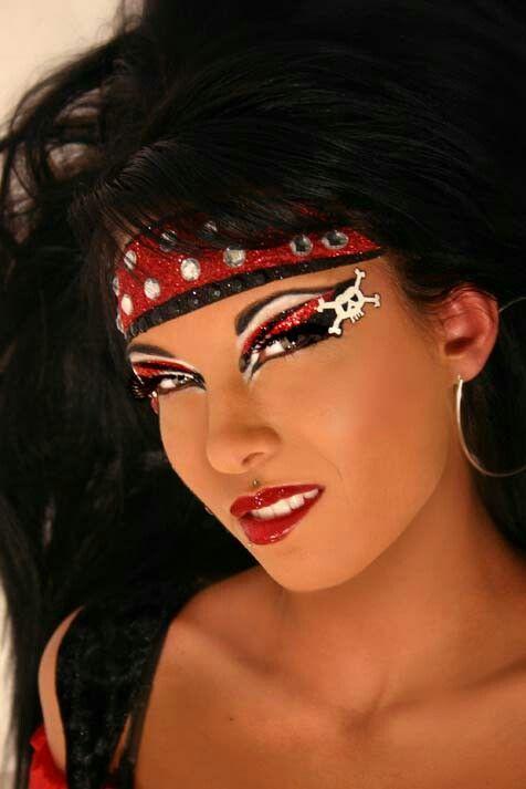 Punk & Sexy Glamorous Looking Pirate Halloween Makeup ...