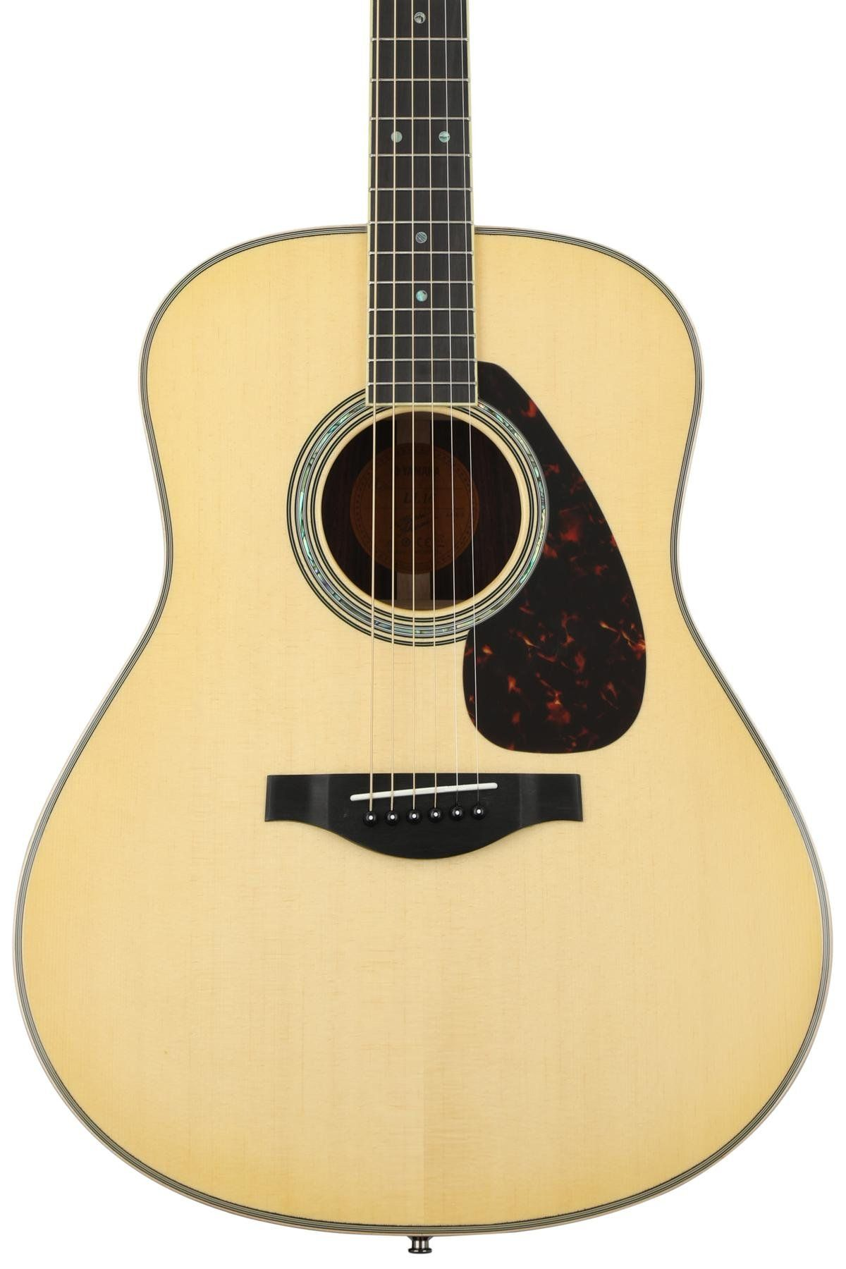 Yamaha Ll16 Are Original Jumbo Natural Yamaha Guitar Guitar Yamaha