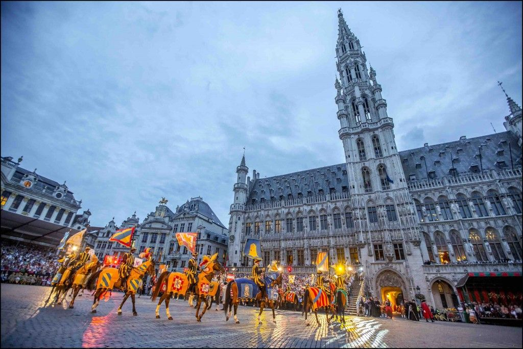 Brussels' Gothic City Hall is naturally a preferred medieval background for…
