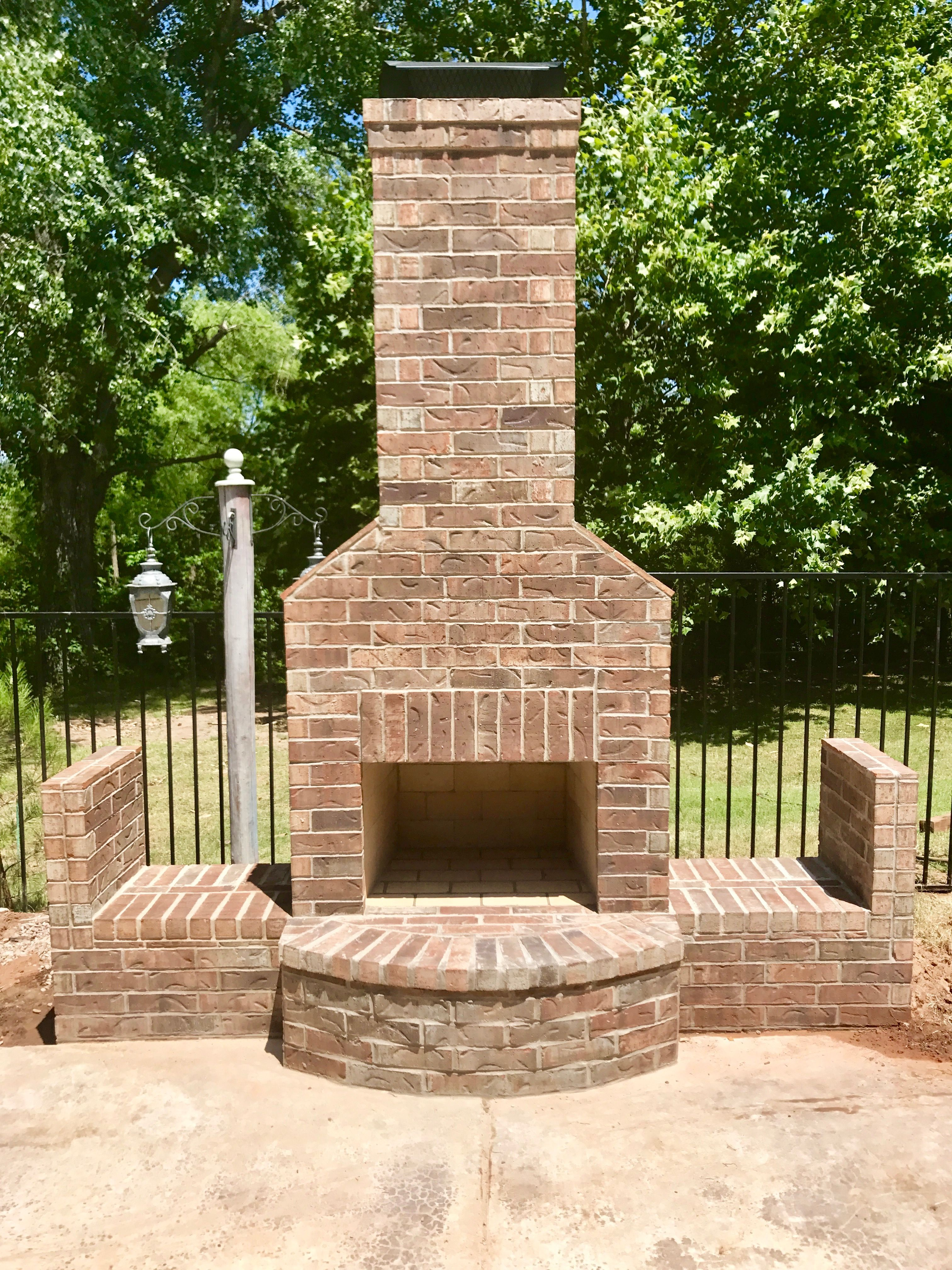 Pin by PMHOKC.com on Custom Outdoor Fireplaces (With ... on Simple Outdoor Brick Fireplace id=55308