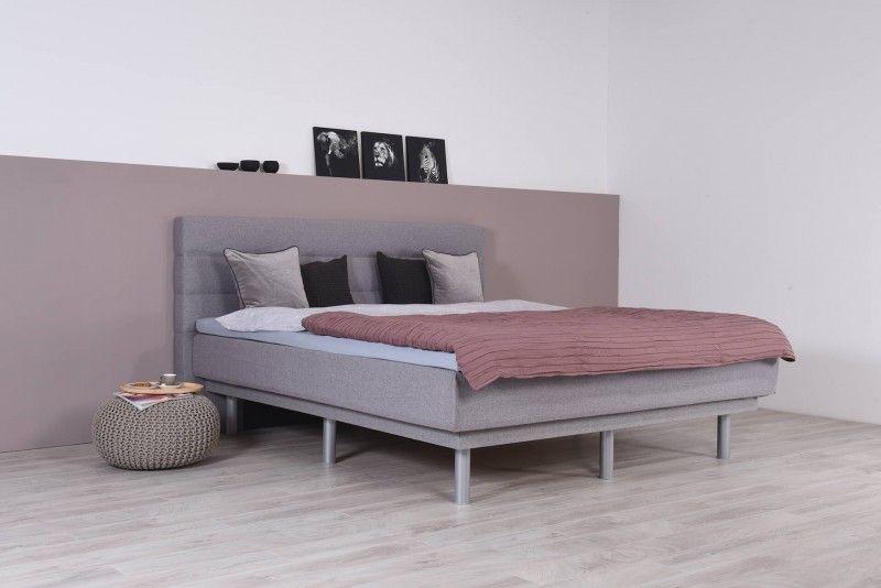 Topper Auf Wasserbett.Wasserbett Mit Schwebesockel Topper Wandpaneel Largo Bett