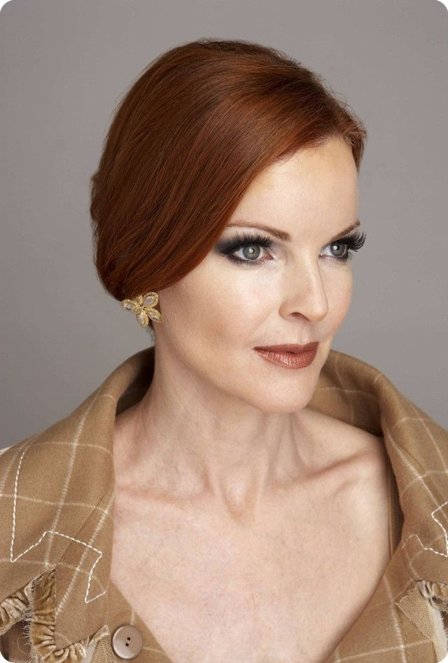elegante hochsteckfrisuren rote haare marcia cross als bree van de kamp red hair pinterest. Black Bedroom Furniture Sets. Home Design Ideas