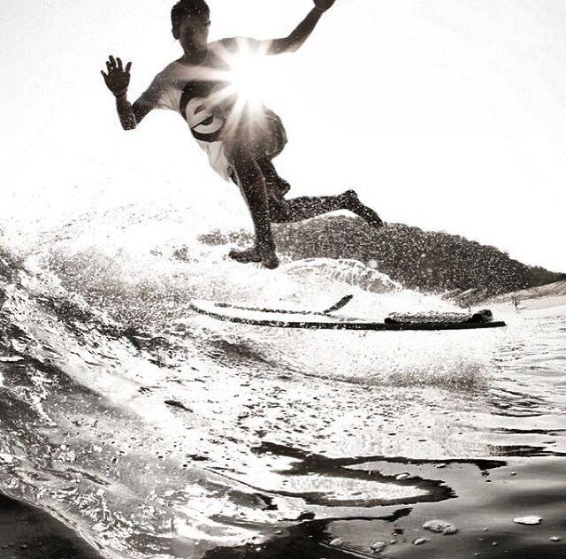 skimboarding, skim, skimming, skimboard, beach, beaches, islands, island, water, tropical, tropics, warm, warm ocean, ocean, seashore, seas, sea, salt life, salty sea, salt water, white sand, surf culture, barrel, wave, waves, shore break, #skimboarding