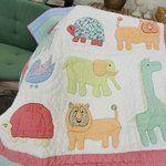 Krabbeldecke Tierfreunde für Jungenzimmer von Coocoobara, Babygeschenk Babydecke