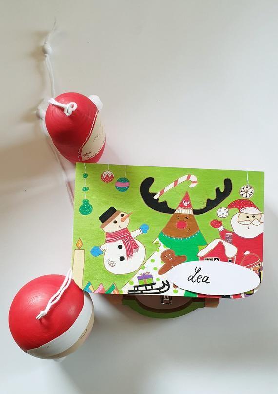 Valisette Noël personnalisable, déco Noël,sapin, bonhomme de neige, père Noël, cadeau, paquet cadeau Noël, valisette rangement surprises
