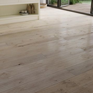 Howdens Single Plank Light White Oak Engineered Flooring 2 ...