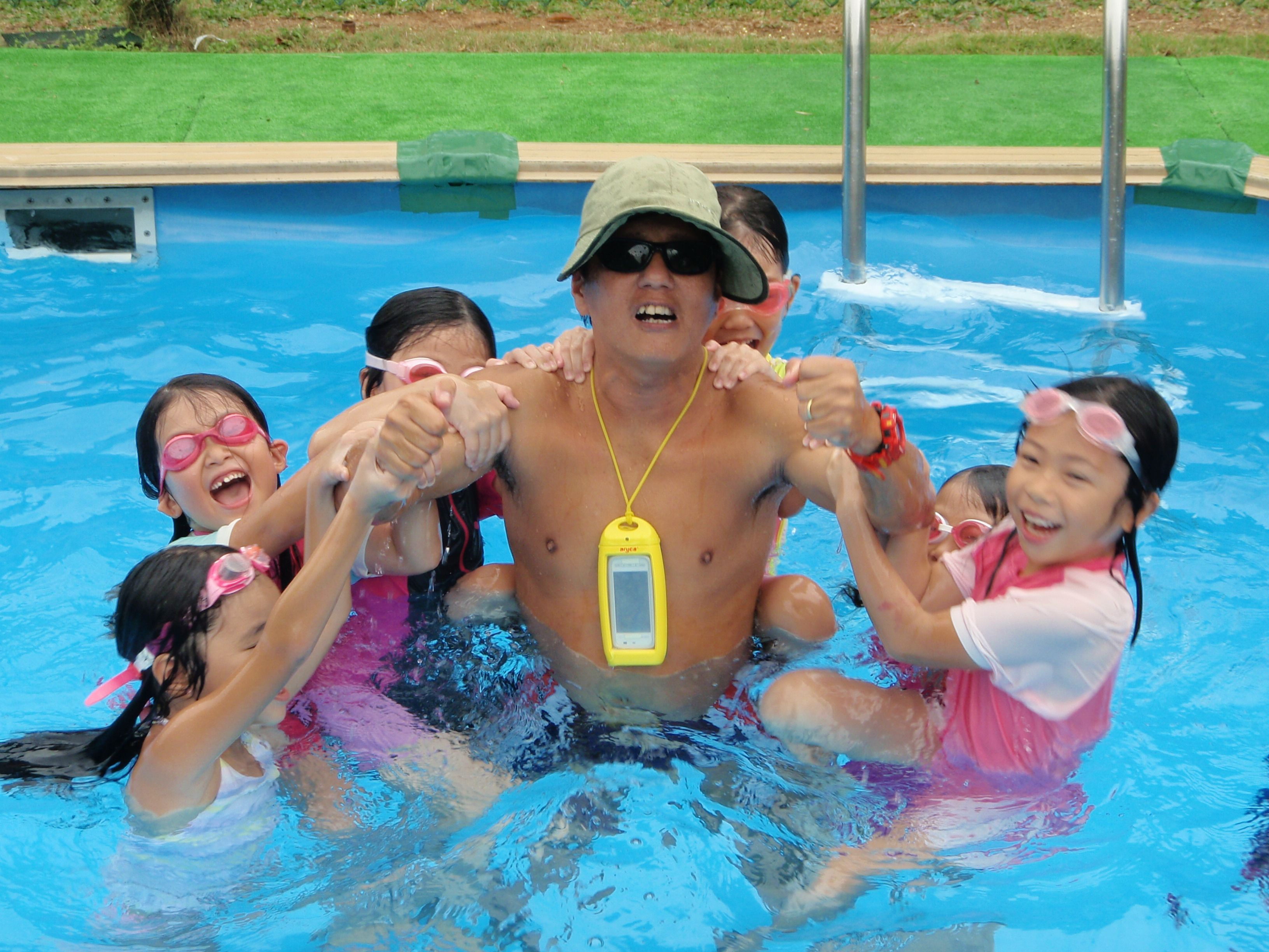 Holiday Activity In Swimming Holiday Activity Packages Learn To Swim Singapore Swimming Swim Lessons