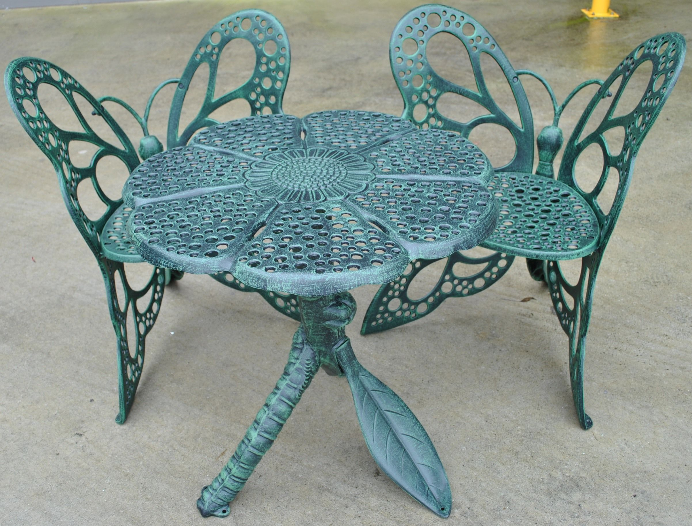 Superbe Butterfly Patio Chair   Selecting Outside Veranda Seats Can Be Complicated  As There Are Really So Many To Choose From, Ther