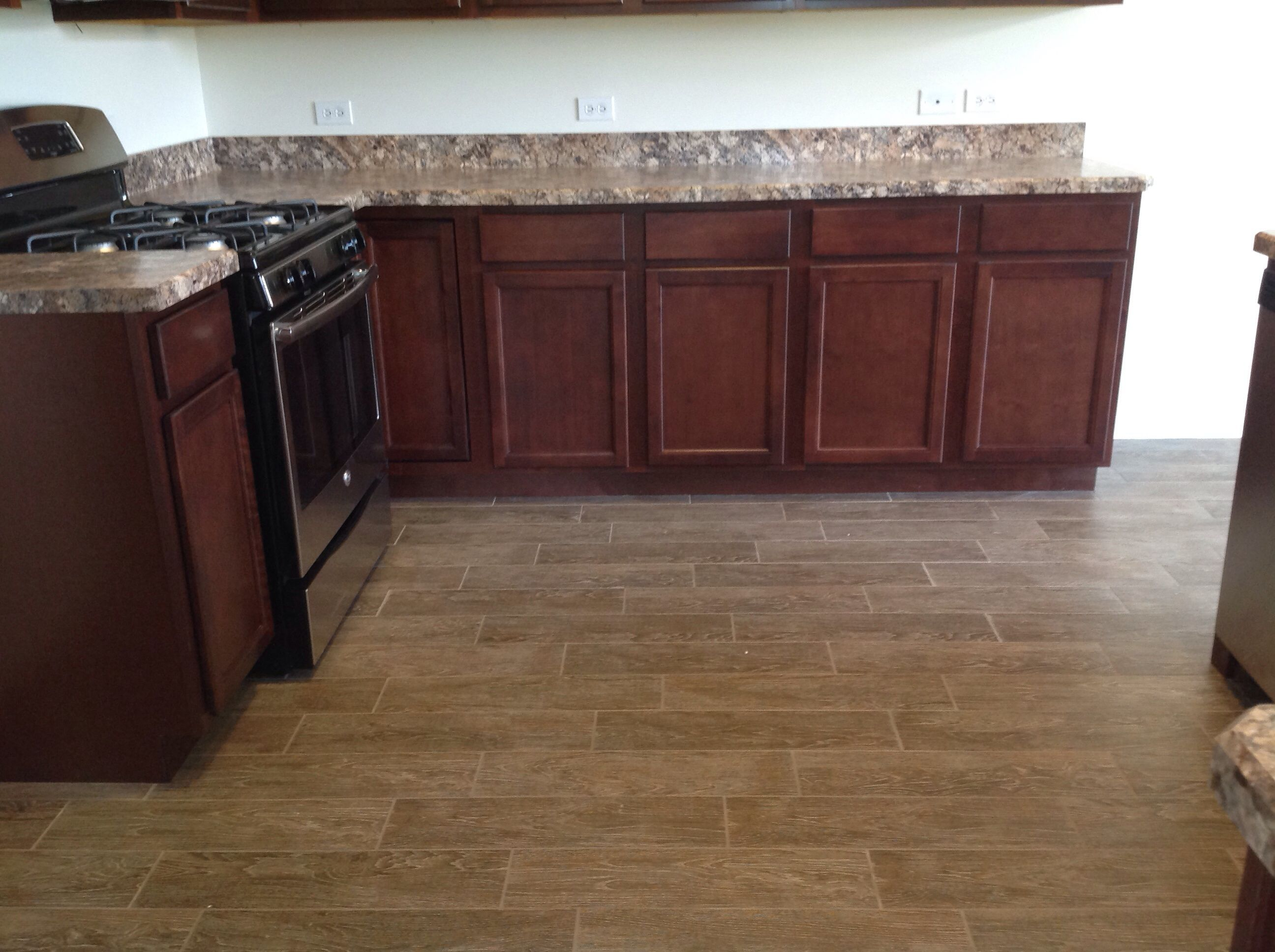 Mohawk ceramic tile manchester cove townhomes in mokena flooring mohawk ceramic tile manchester cove townhomes in mokena flooring pinterest doublecrazyfo Image collections