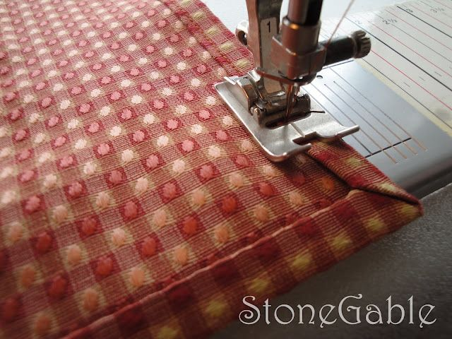 StoneGable: Making Napkins with Mitered Corners- Sew and NO SEW