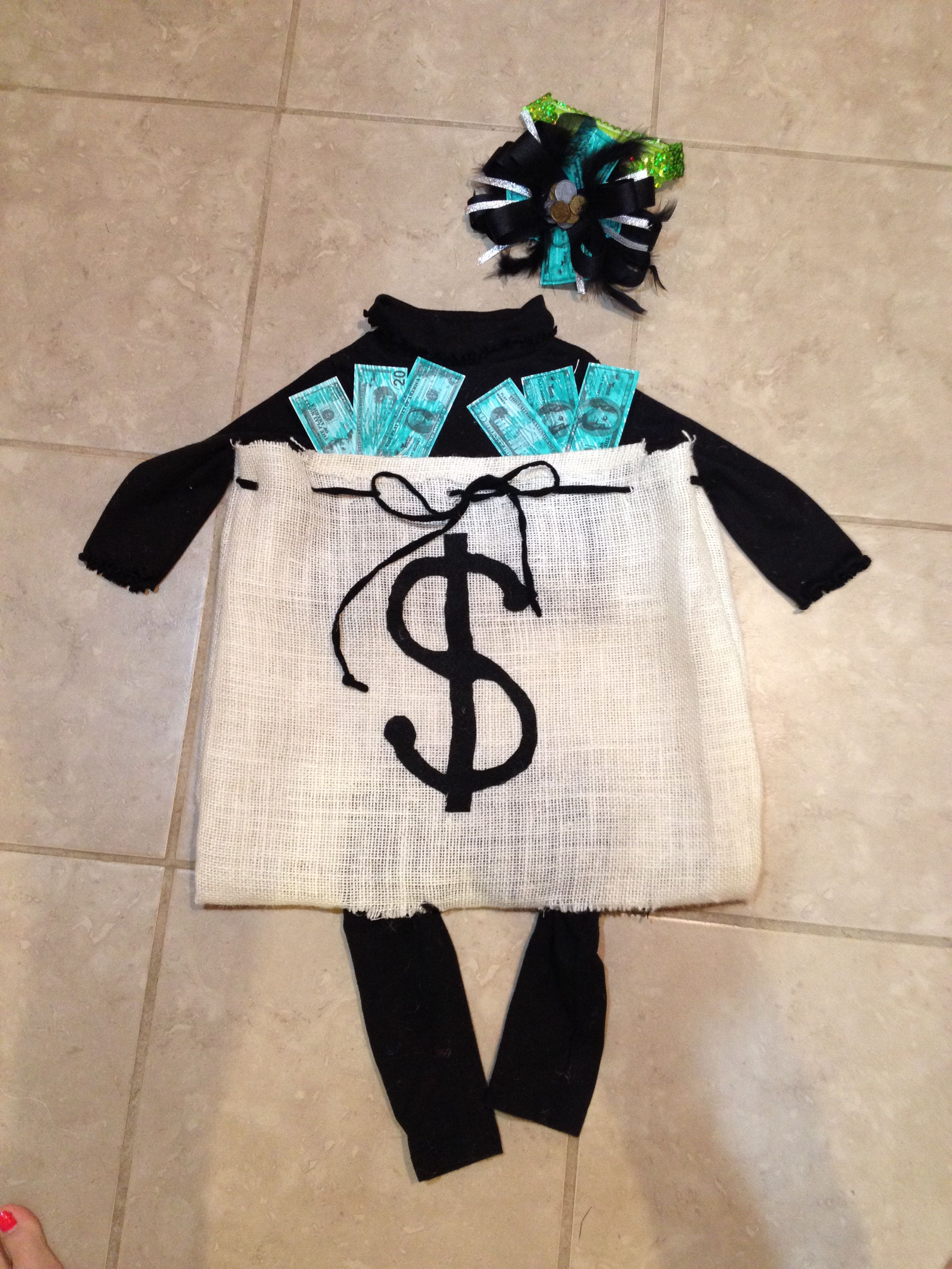 Diy Bank Robber Shirt Diy Bank Robber Sack Costume For My 10month Old Vera All Hand Made